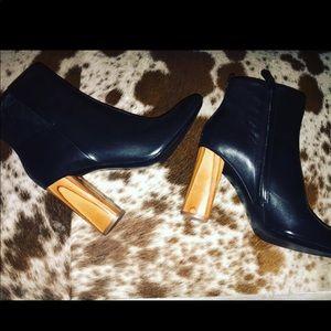 Rare Tory Burch Raya boots/heels